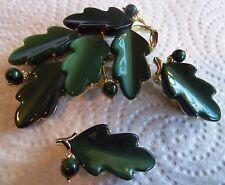 Lisner Beautiful Emerald Green Leaf Brooch and Clip back earring set Vintage