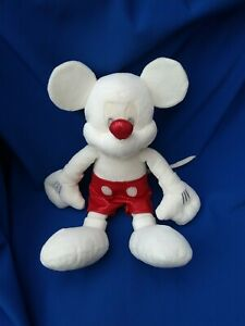 RARE DISNEY STORE WHITE MICKEY MOUSE SOFT TOY BEANIE RED SHINY SHORTS AND NOSE