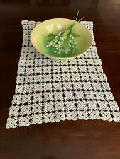 "Vintage Hand Crocheted Table Centerpiece Runner 21.75"" x 14"""