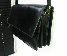 DOMO QUALITY THICK GENUINE LEATHER TRI-COMPARTMENT CROSS BODY MESSENGER BAG.