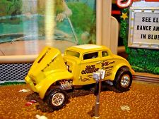 100% HOT WHEELS 1933 WILLYS JACK COONRAD LIMITED EDITION CAR 1/64