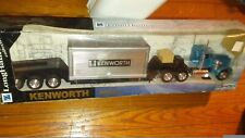 1/32 New Ray Die-Cast and plastic Long Hauler Kenworth w900 cool truck
