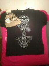 Men's Large Black Obey Giant T Shirt and Retro Winter Beanie Hat w/ Tags Pom-pom