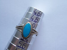 Belle bague en argent et turquoise ovale poinçonnée  taille 52 , ancien stock
