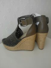 Marc Fisher (Taupe) Sandales Taille 3 Plateforme/Wedge Hasina USA 5