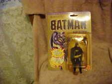 BATMAN FROM TOY BIZ MINT IN PACKAGE ~ BAT~ROPE HIDDEN INIDE BELT ***