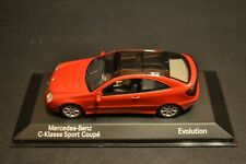Mercedes Benz C-class Sportcoupe Evolution CL203 2000 Minichamps in scale 1/43