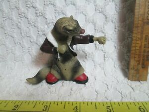 Vtg Razor Otter Badger Fighting With Fist Action Figure In Jacket & Red Shoes nr