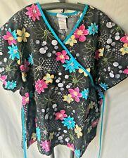 Sb Scrubs Women'S Plus 2X Scrub Top Black W Multicolor Floral Criss Cross Bodice