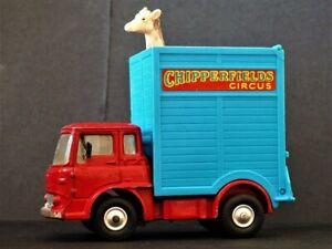 CORGI TOYS 503 CHIPPERFIELDS CIRCUS GIRAFfES TRANSPORTER