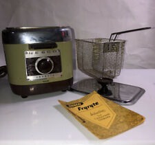 VINTAGE FRYRYTE AUTOMATIC ELECTRIC DEEP FRYER BY NESCO WITH BASKET AND HANDLE
