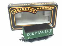 Mainline 37-151 OO Gauge 7 Plank Wagon Courtaulds