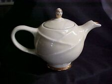 Vintage 1950's Hall Pottery Yellow 6 cup Apple Teapot No Chips Model 0218