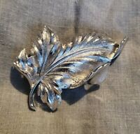VINTAGE CORO SILVERTONE LEAF CURLED TEXTURED BROOCH/PIN LARGE STATEMENT