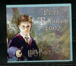 B826  France  2007  Harry Potter  COMPLETE BOOKLET      MNH