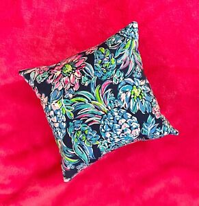 New throw pillow made with LILLY PULITZER Navy Pineapple Paradise fabric
