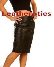 Bodenlange Damenröcke aus Leder