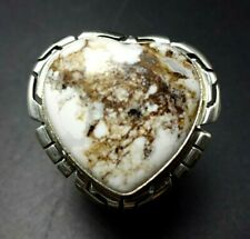 Lovely NAVAJO Sterling Silver WILD HORSE Magnesite HEART-SHAPED RING size 8