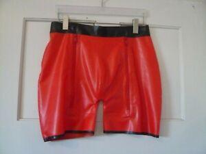L/XL Shorts Latex Slip Pofrei Reißverschluss ouvert offen Gummi Rubber rot Manga