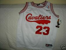 AUTHENTIC  LEBRON JAMES  CAVALIERS NIKE  JERSEY YTH S