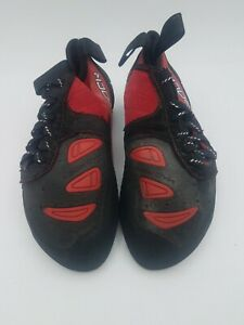 Mad Rock Science Friction Red and Black Lace Up Climbing Shoes US Size 3