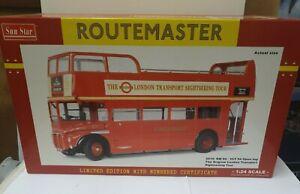 Routemaster London Transport RM 94 - Vlt 94 Open Top 1:24 Sunstar 2910