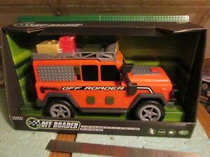 large Land Rover Defender 110 w lights & sounds. Orange. Challenge.