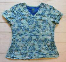 Healing Hands Women's Scrub top / Size Large / Blue Print