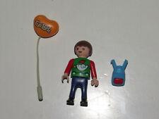 playmobil© Kind Junge Figur Rucksack Luftballon aus 3171 Bushaltestelle Reisebus