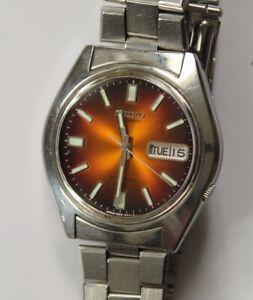 Vintage Mens Seiko 7009-8049 Automatic Mechanical Watch Original Bracelet Japan