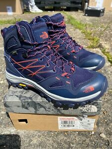 The North Face Women's Hedgehog Fastpack Mid Goretex Hiking Boots / Navy / BNIB