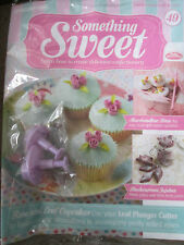 DEAGOSTINI SOMETHING SWEET MAGAZINE ISSUE 49 - LEAF PLUNGER CUTTERS X 2 SIZES