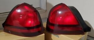 Taillight Assembly Pair - Driver (11-6090-01-1) & Passenger (11-6089-01-1) - TYC