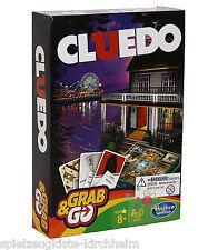 Hasbro B0999 Cluedo Kompakt Reisespiel Detektivklassiker Spiel RUSSISCH