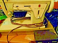Vintage Singer Sewing Machine Model 237 Fashion Mate With Case & Machine Table