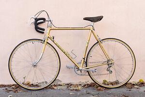 Vintage Peugeot Record Du Monde Super Sport Racing Bicycle 58 cm Gold Rare Bike