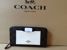 NWT COACH SIGNATURE COLORBLOCK ACCORDION ZIP WALLET F57318