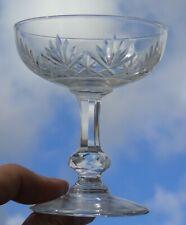 Saint Louis - Coupe à champagne en cristal taillé, modèle Massenet, Signée