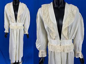 Vintage Princess Paramount Ivory Silk Rayon Lace Ruffle Negligee Peignoir Robe