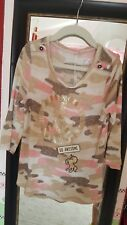 Justice Sweater Gold Piece Sign, Sz 7, tan, white, brown, pink camouflage. Cute!
