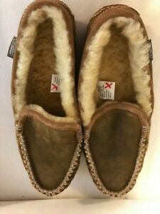 LL BEAN Mens Wicked Good Moccasin Shearling Slippers Venetian Size 10 M