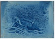 Pause en forêt Vintage print cyanotype  13x18  Circa 1880