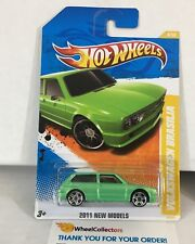 Volkswagen Brasilia #8 * Green * 2011 Hot Wheels * Hb24
