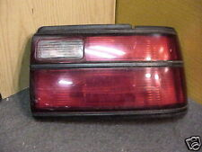 TOYOTA COROLLA 88-92 1988-1992 TAIL LIGHT PASSENGER RH RIGHT OE red TURN SIGNAL