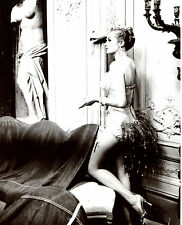 Anita Ekberg Leggy Smoking 8x10 photo S0599