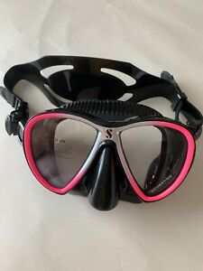 SCUBAPRO SYNERGY TWIN DIVE MASK, BLACK/SILVER/PINK NEW