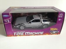 BACK TO THE FUTURE 'THE DELOREAN' TIME MACHINE 1:24 SCALE DIE CAST METAL VEHICLE