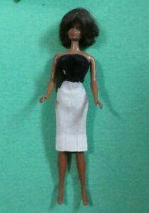 Vintage Barbie Doll -  MOD Era 1127 TNT Julia Doll