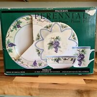 Pfaltzgraff Perennials MERLOT 16 Piece Dinnerware Set NEW IN BOX Napa Valley