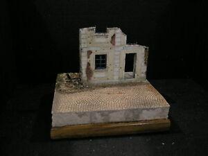 1/35 Diorama base  -city ruins....